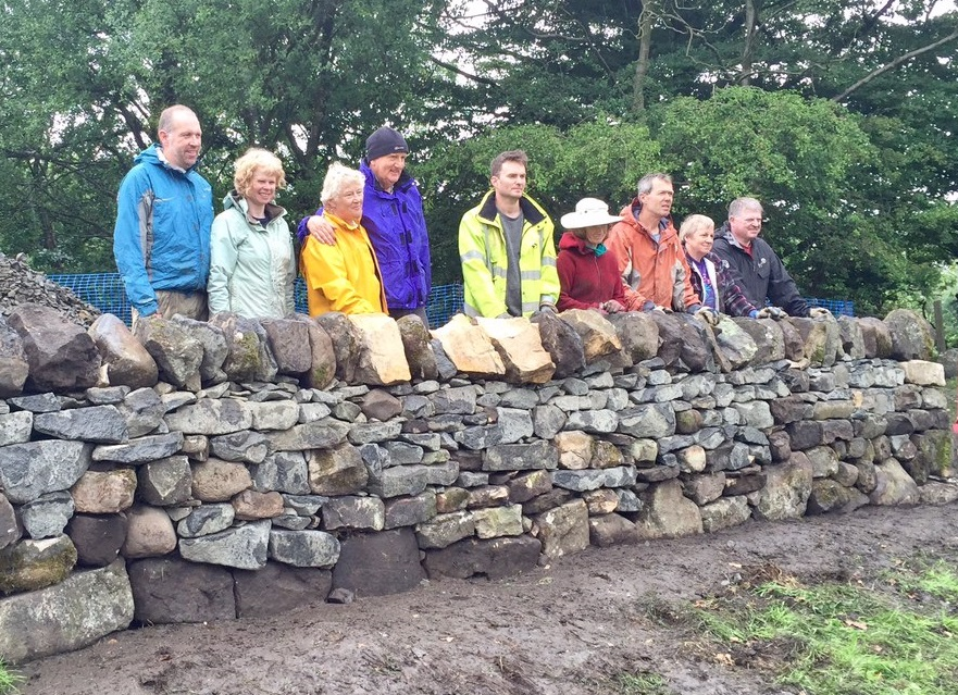 Learn to build/repair a Traditional Dry Stone Wall at Kilsyth
