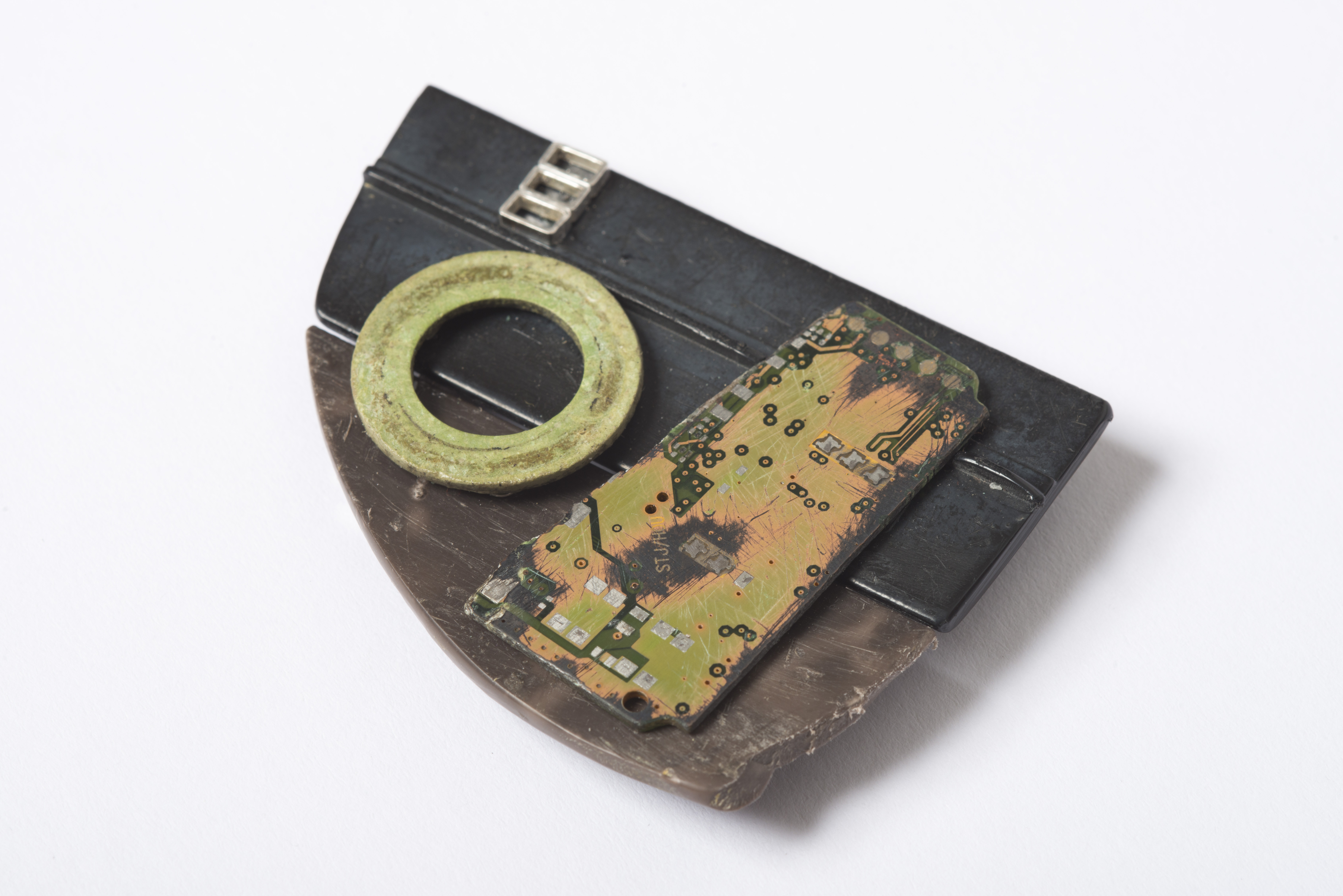 Worn Circuit Brooch (Found Collection, 2017)