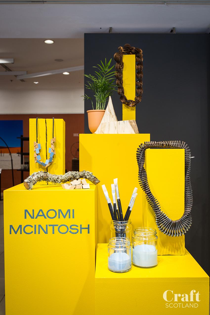 Naomi Macintosh