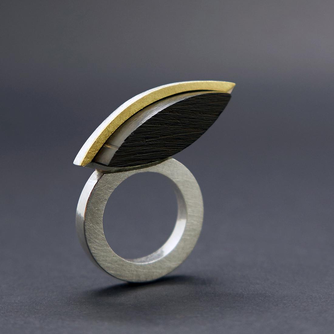 Yvonne Gilhooly: Jewellery