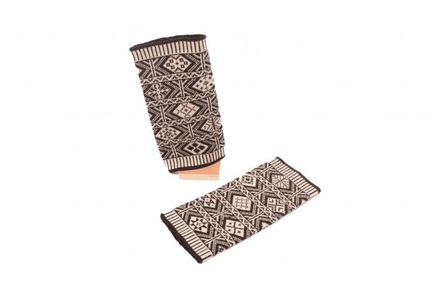 BAKKA Two Colour Wrist Warmers WEBJ in shetland black
