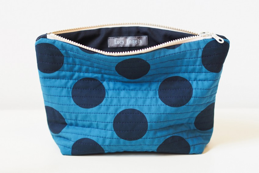 Lucy Engels Large Spot Quilted Make Up Bag in Blue/Navy