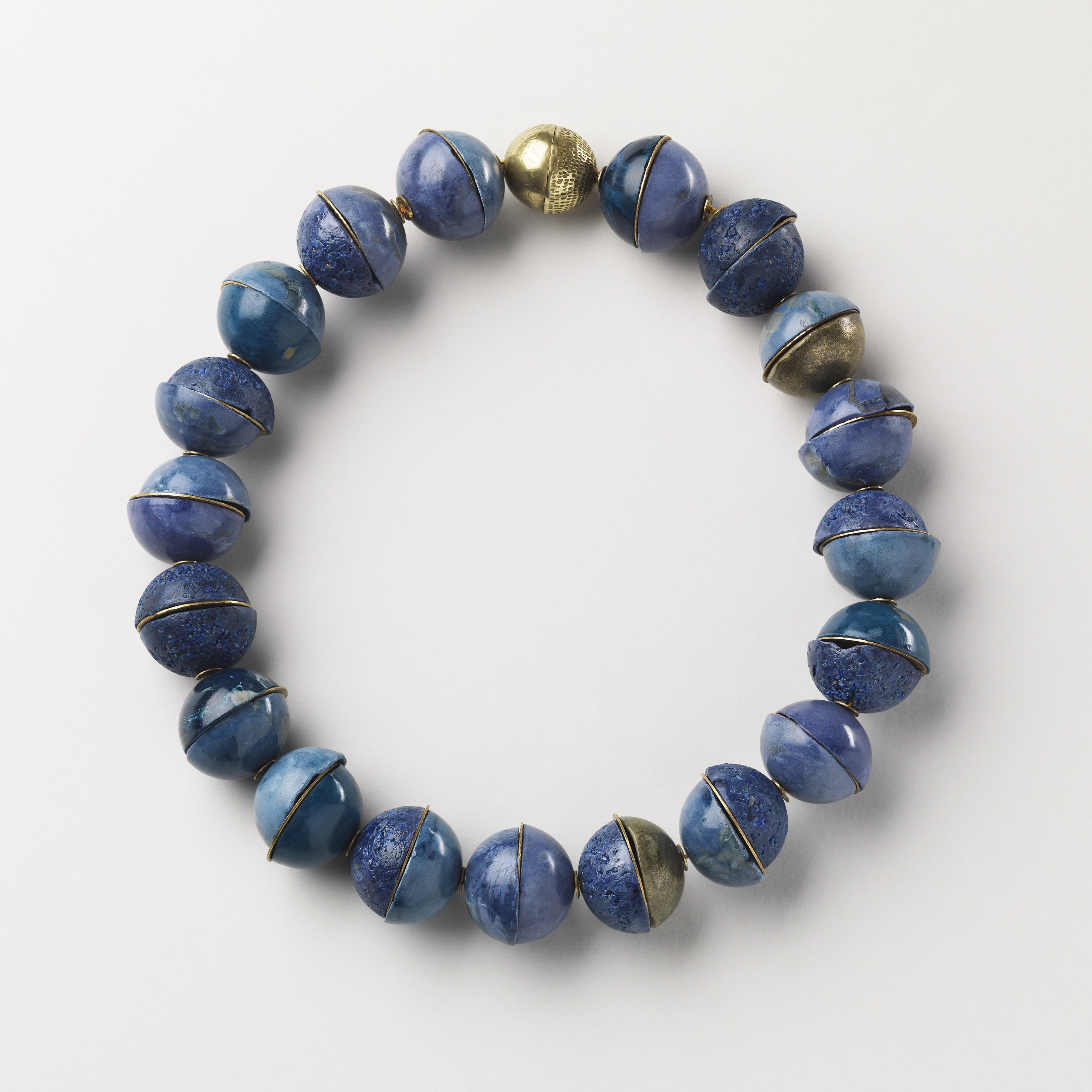 Blues Neckpiece