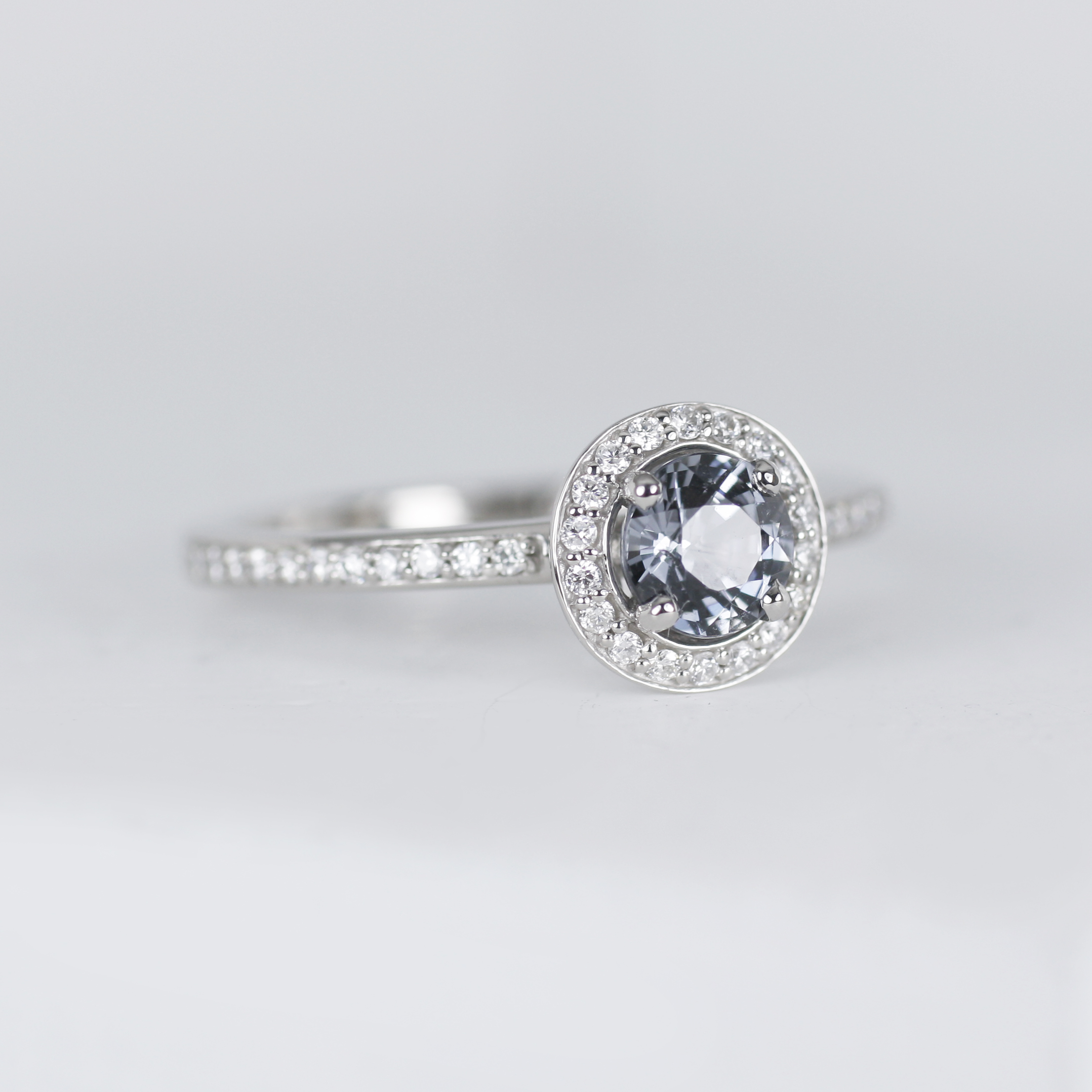 Palladium and Spinel, Diamond Ring/>               </div>               <div class=