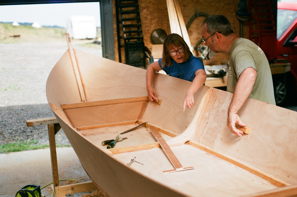 Boatbuilding – Building the Caravelle rowing skiff on Iona