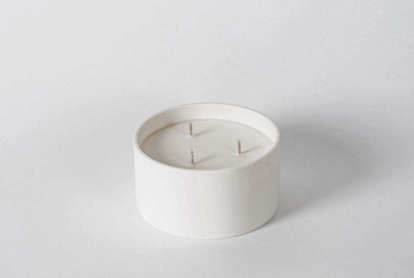 Myer Halliday Three Wick Candle in Bone