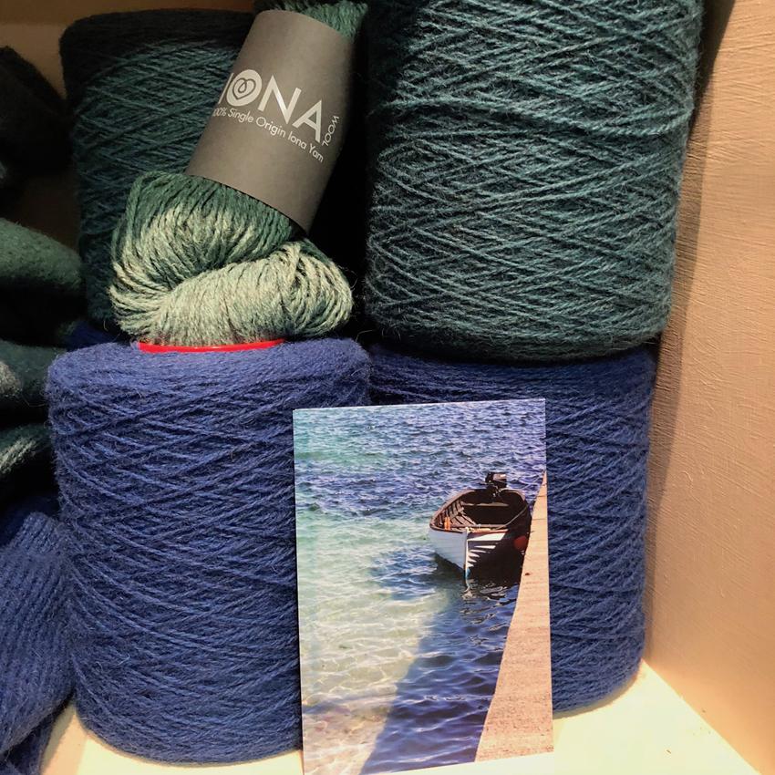 Iona Wool/>               </div>               <div class=