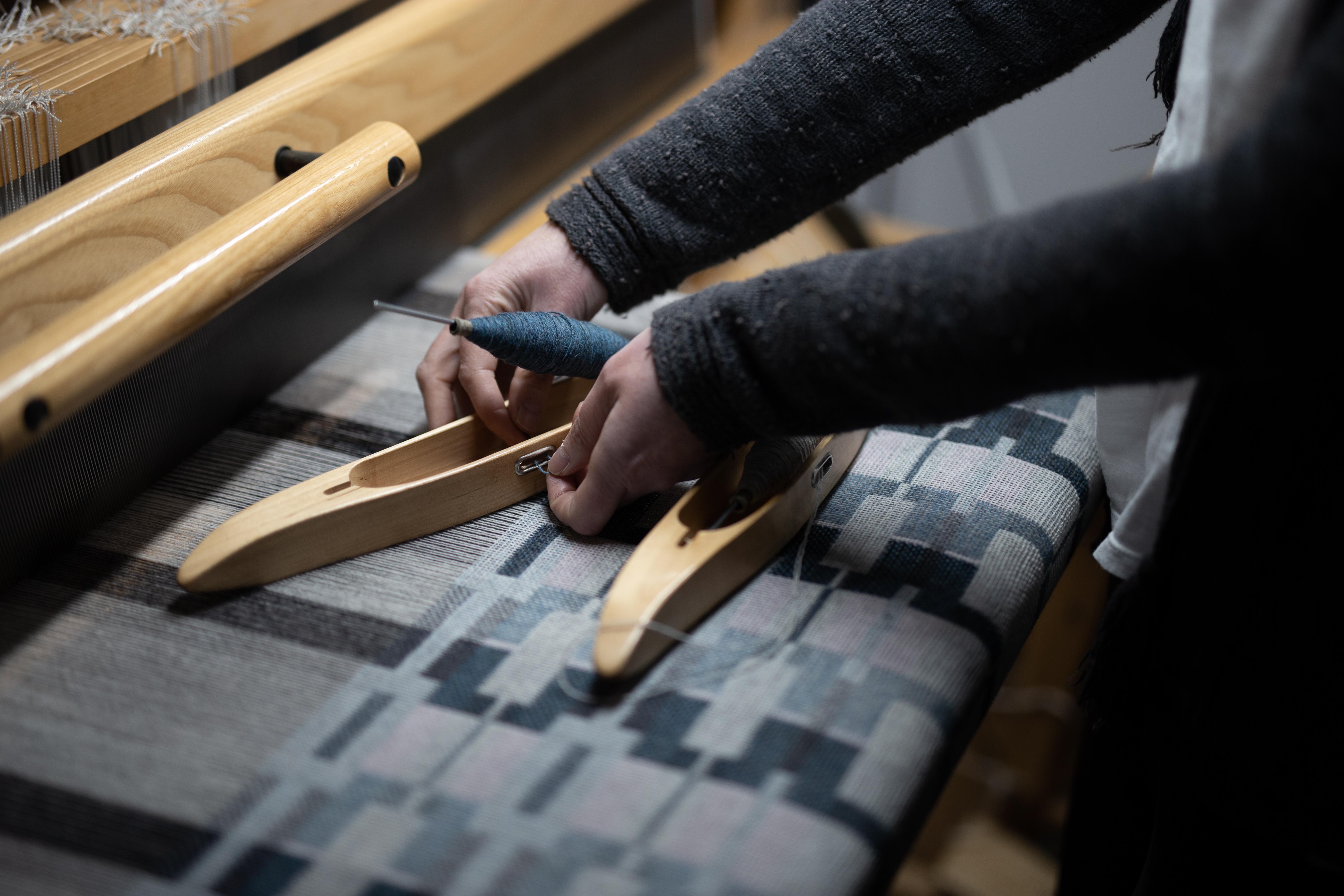 Sampling Neist Fabric