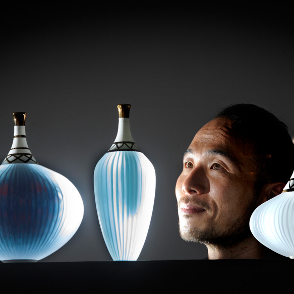 Glass artist maker Choi Keeryong