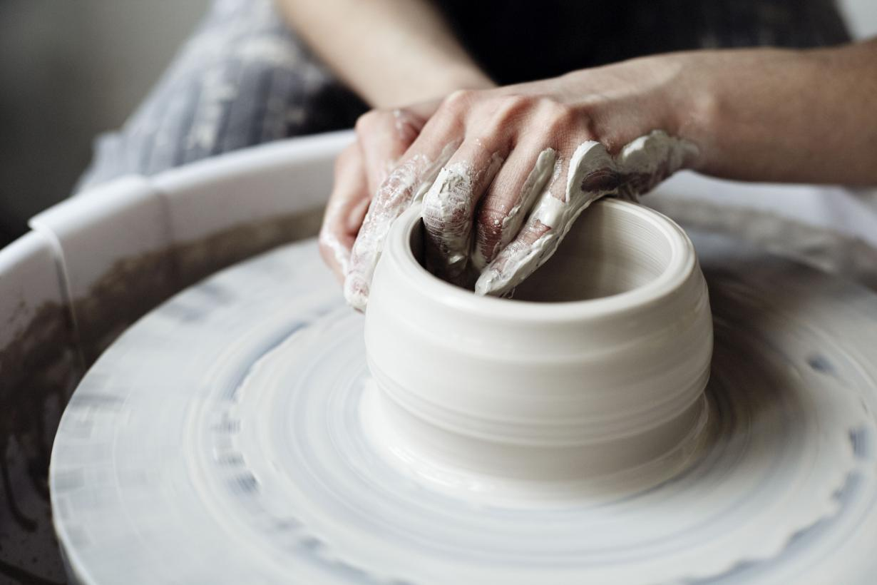Call for Ceramicists: The Great Pottery Throw Down