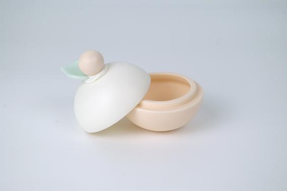Peaches and Cream box 2.jpg