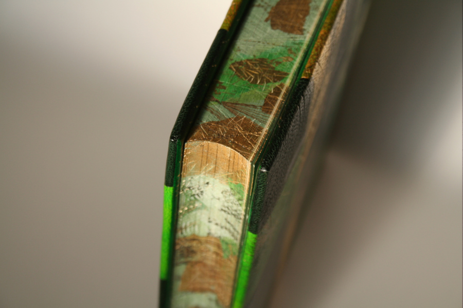 Bookbinding - 'Creative Edge Decoration' Image #0
