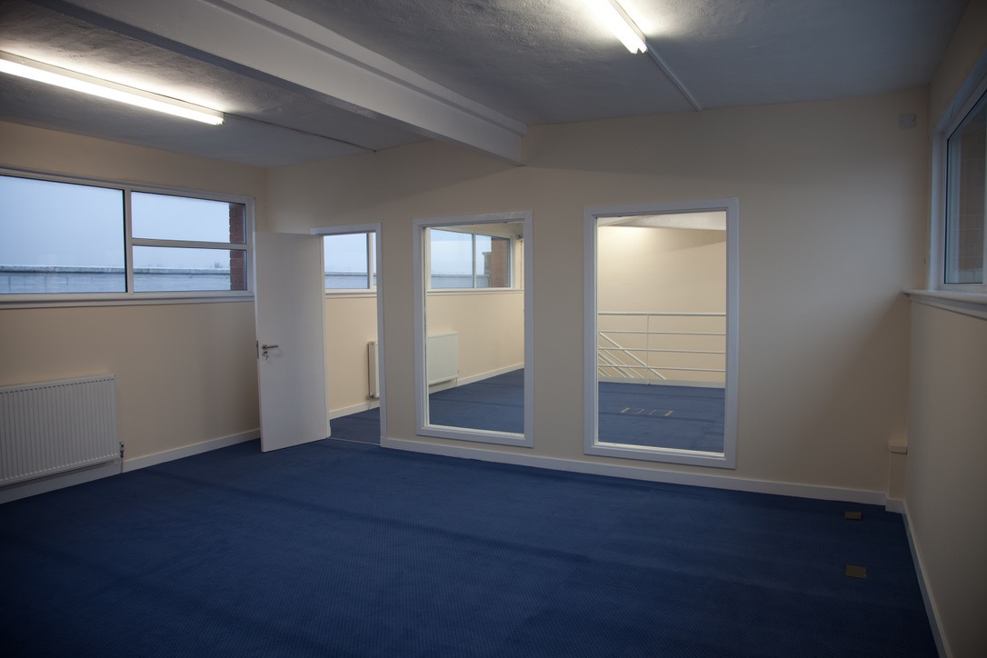 Super, Large Studio, Brook Street, Glasgow Image #2