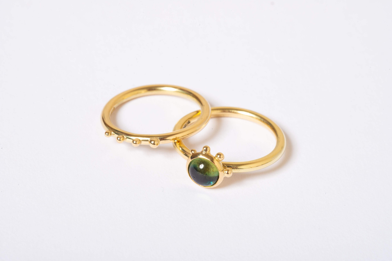 Sapphire granule rings