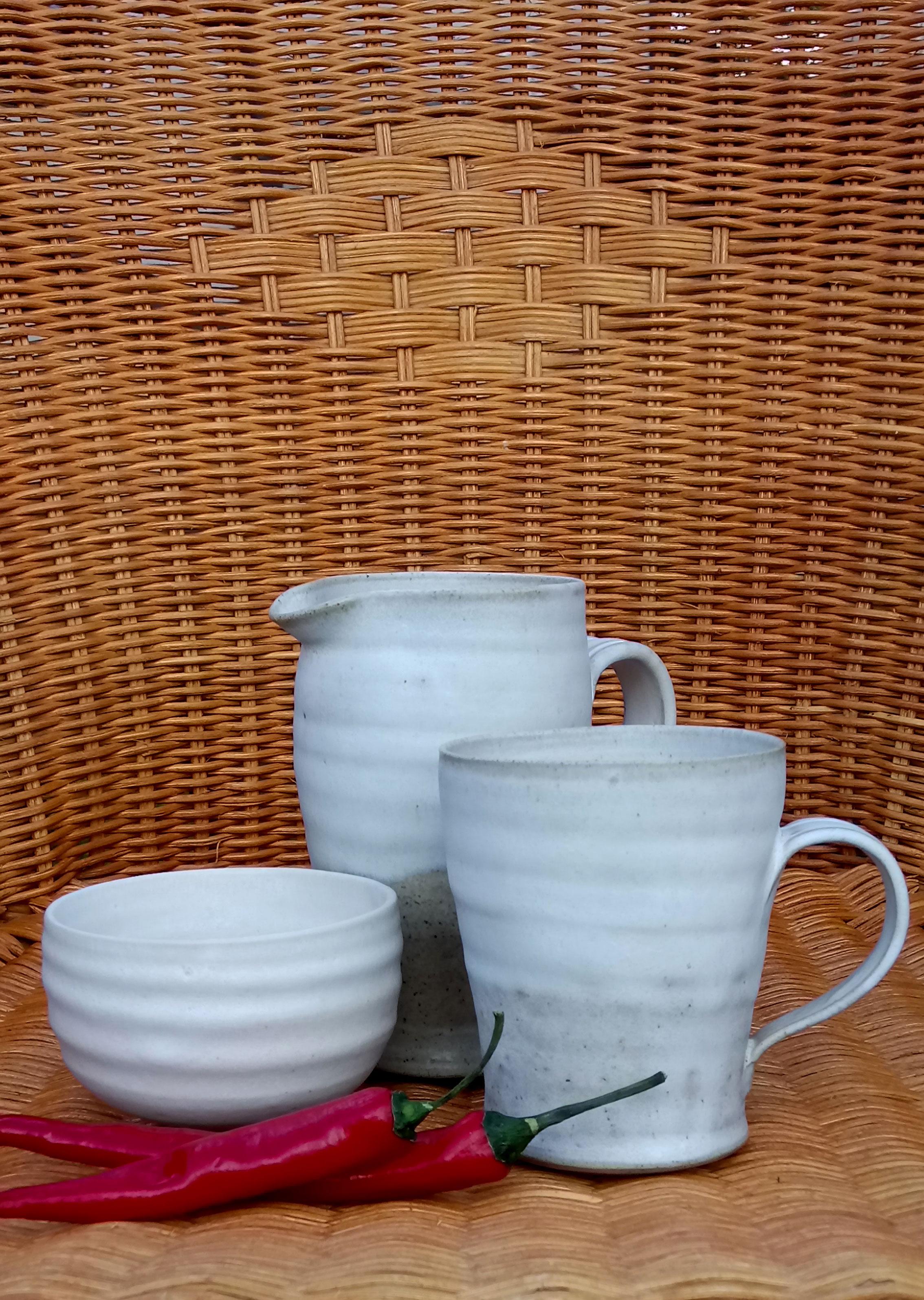 Stoneware mug, jug and sugar bowl