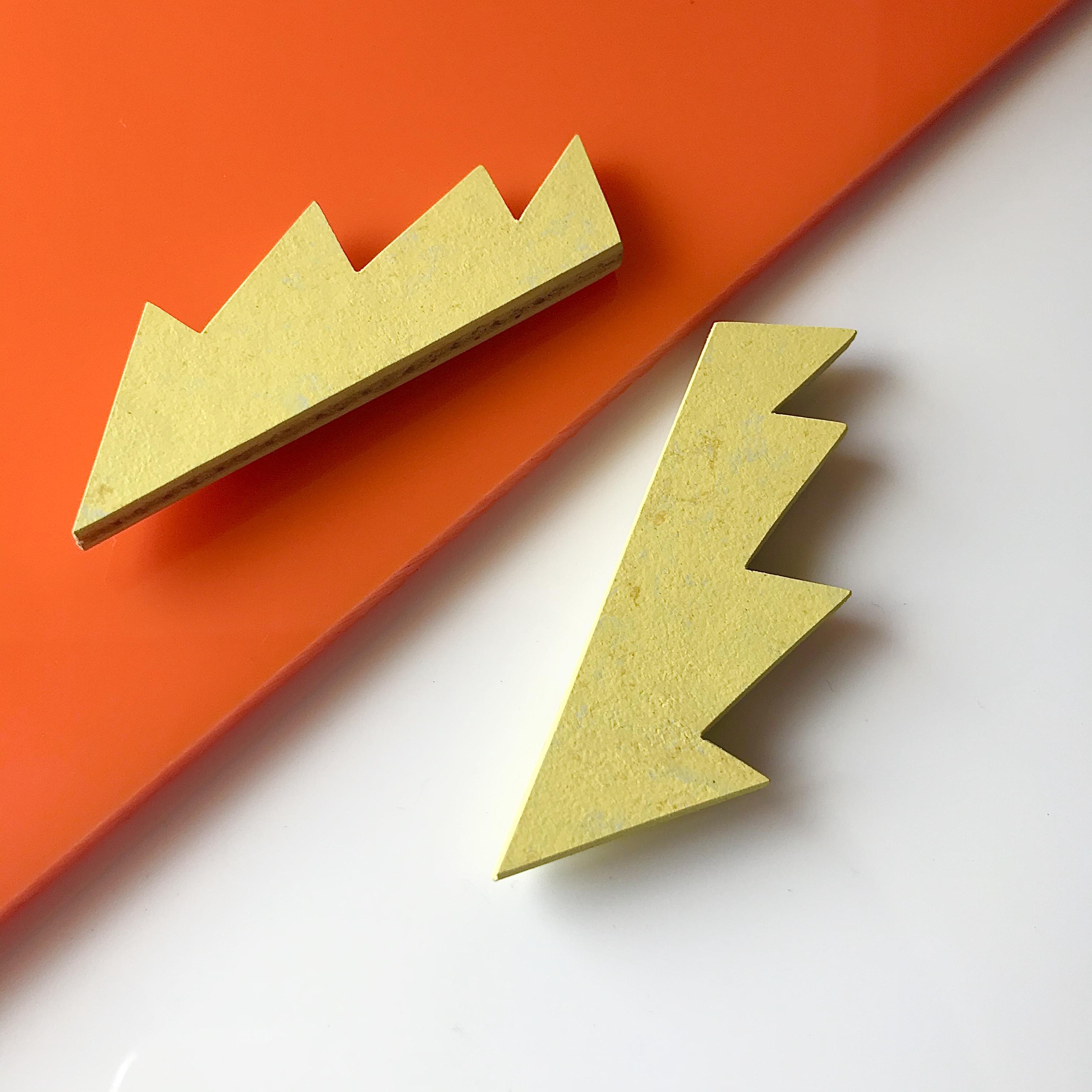 Roslyn Leitch - Spark brooch in Yellow Glow