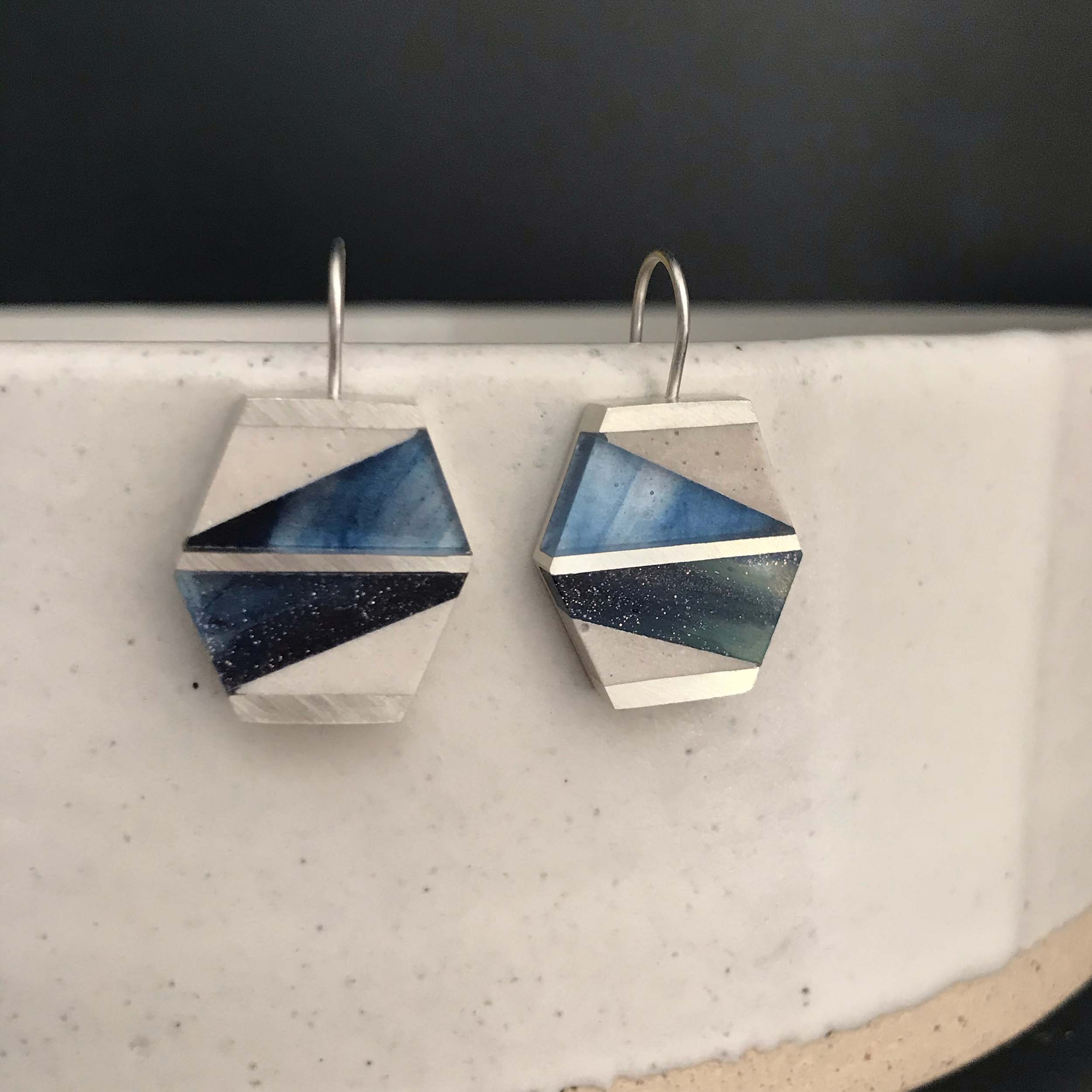 Abstract angle dangles