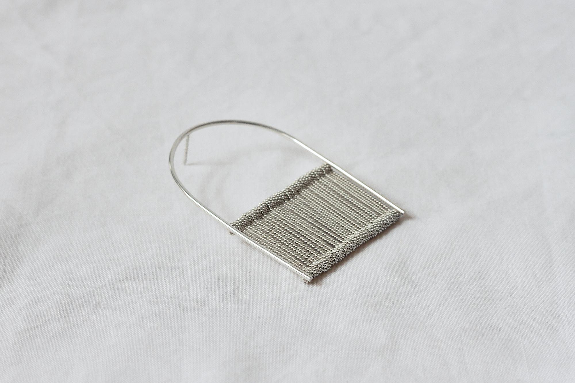 Headle Pin