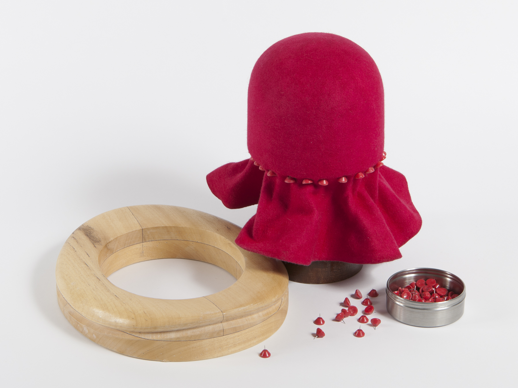 Beginner's Millinery - Blocked Felt or Straw Hats: 2-day course