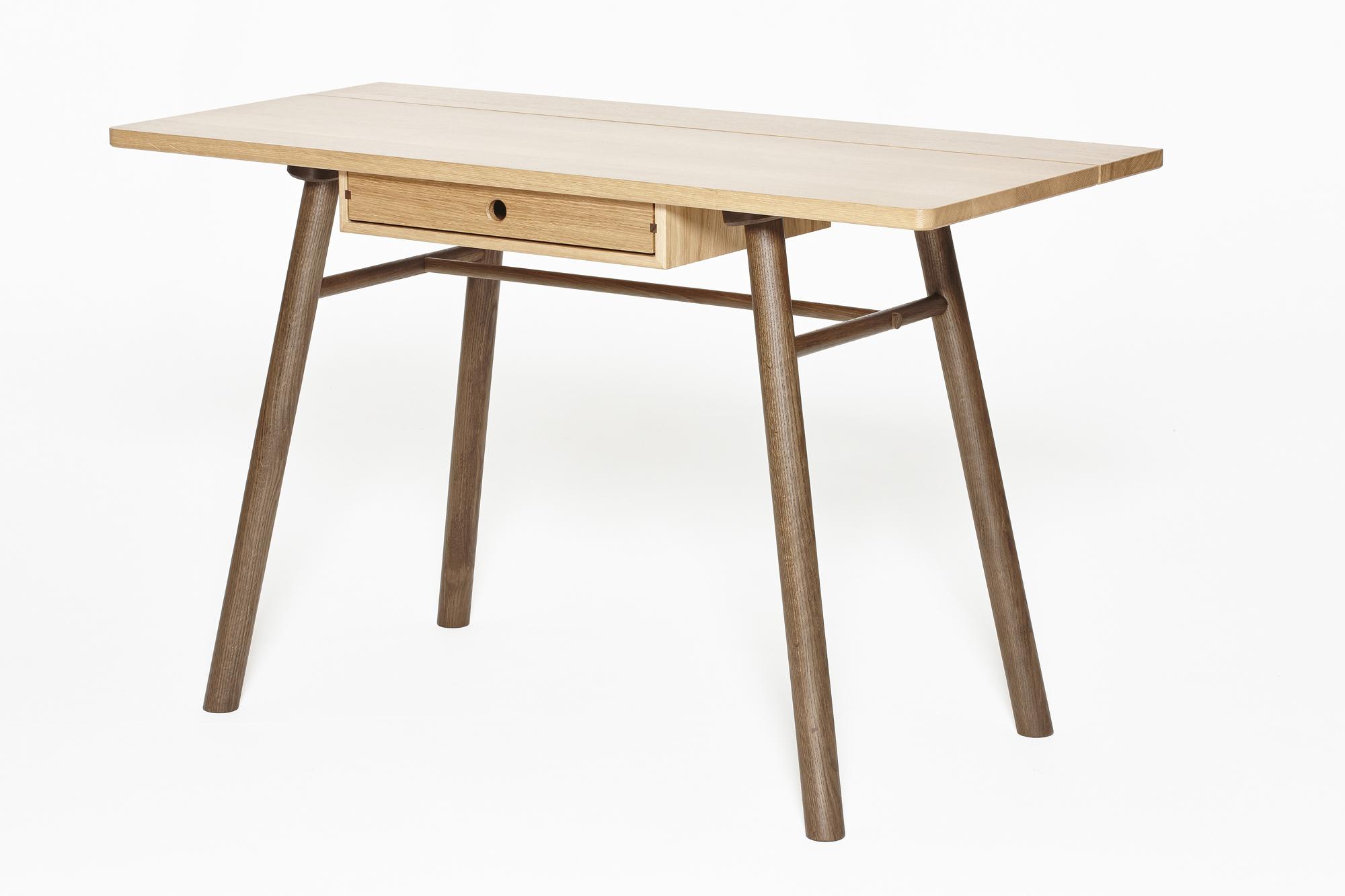 Fosse Desk Standard