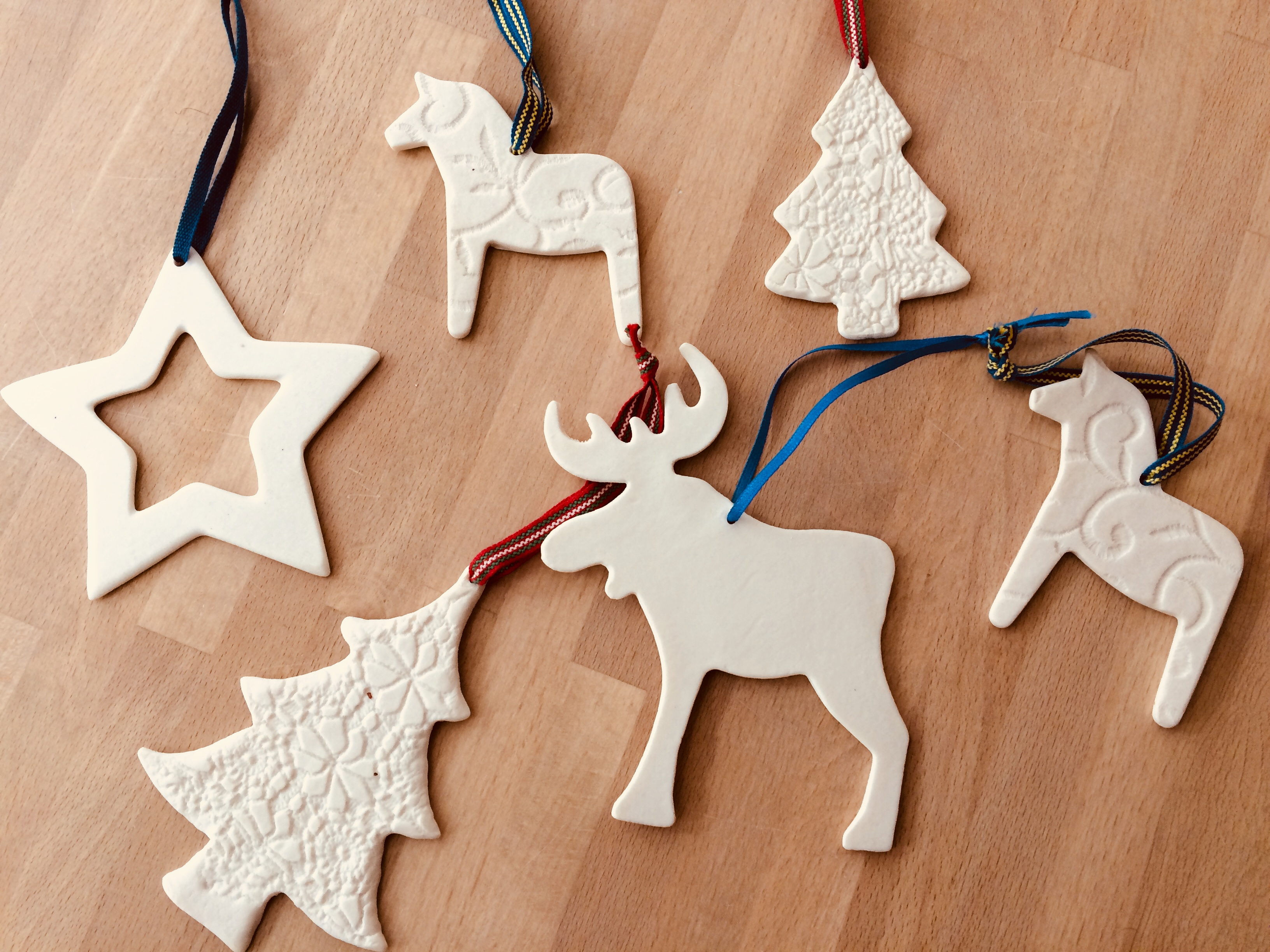 Make your own porcelain Christmas tree decorations & gift vouchers