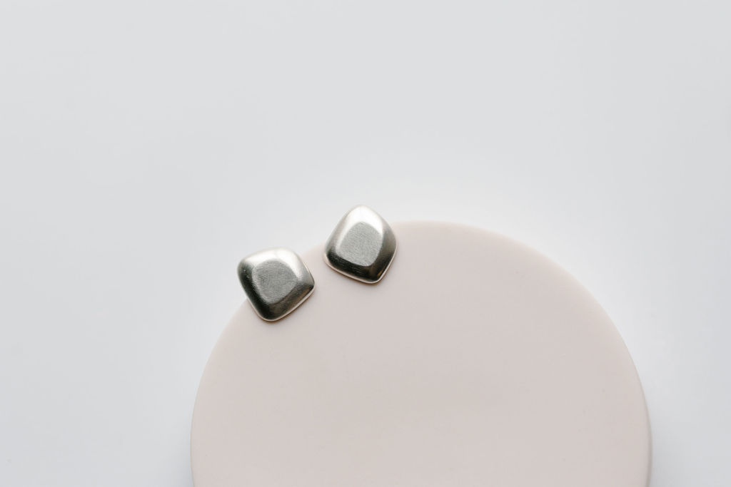 Gomme Studs