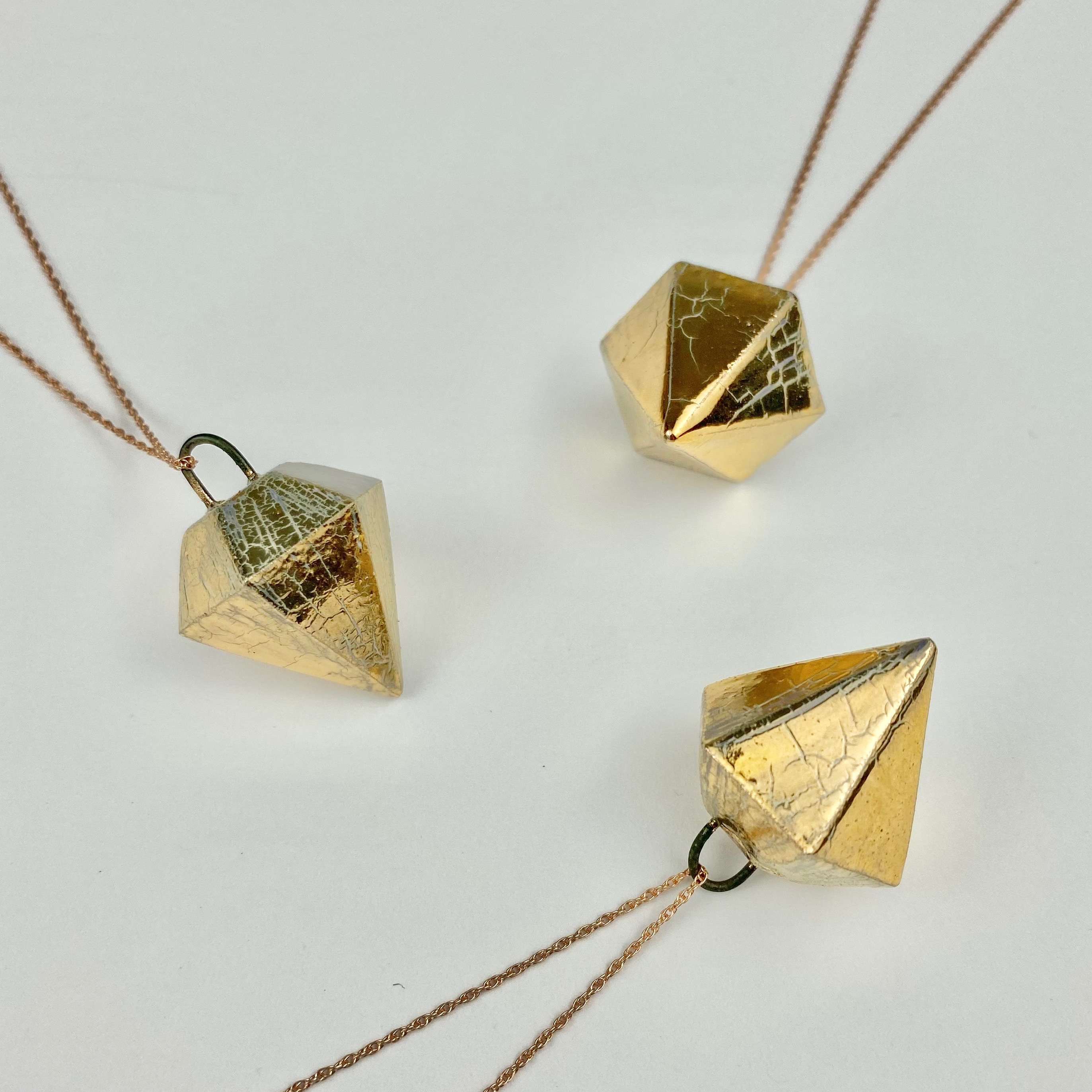 Diamond collection pendant, small, in gold lustre