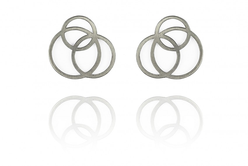 Scarlett Cohen French Circle Disarray Earrings silver