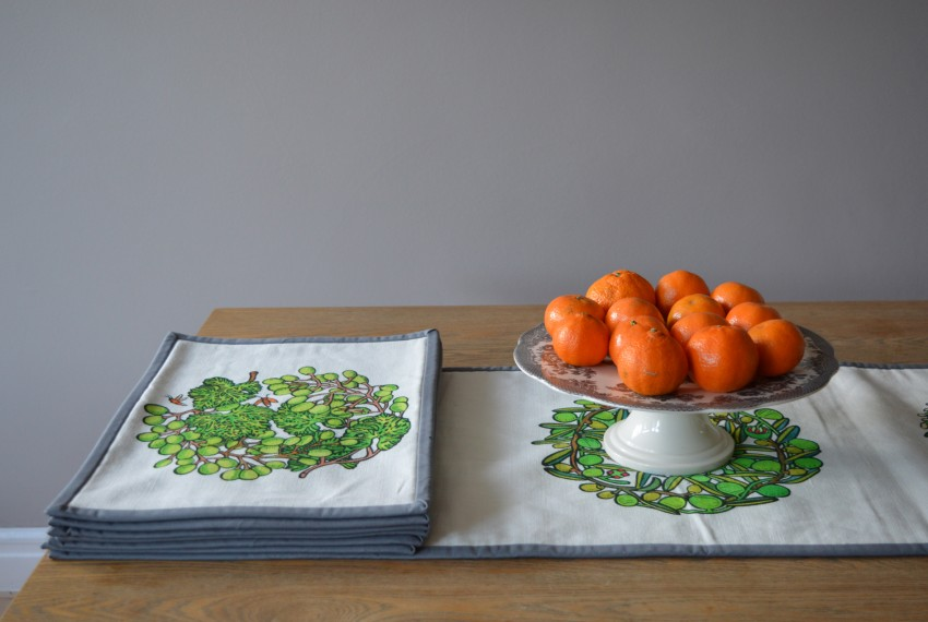 Little Axe Grapes Textile Place Mat with Lombardia Textile Table Runner